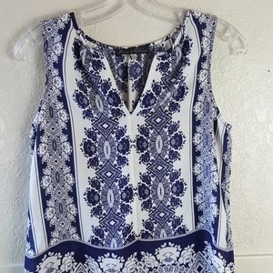 Rose & Olive blue and white patterned tunic top